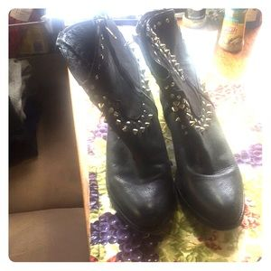 Steve Madden Shoes - Short boots